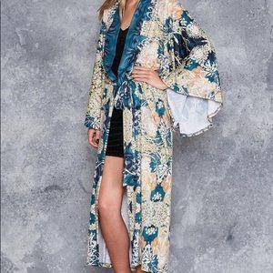 Mucha Black Swan Kimono Robe